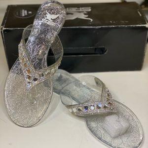 Women's Cinderella flip-flops